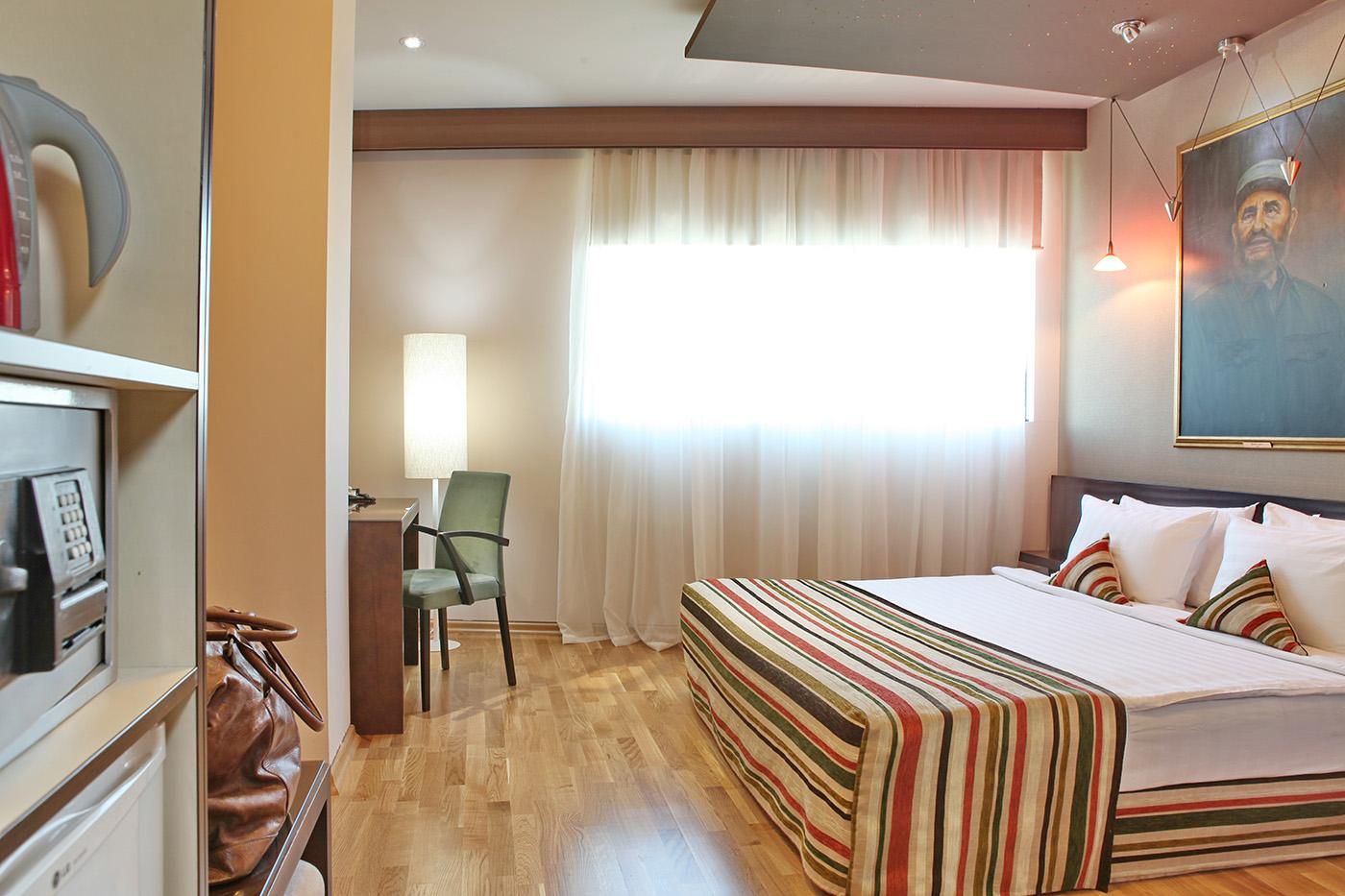 Soba parket 4 levelo podovi for Design hotel mr president karadjordjeva 75